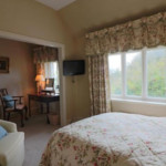 Almondsbury hotel room