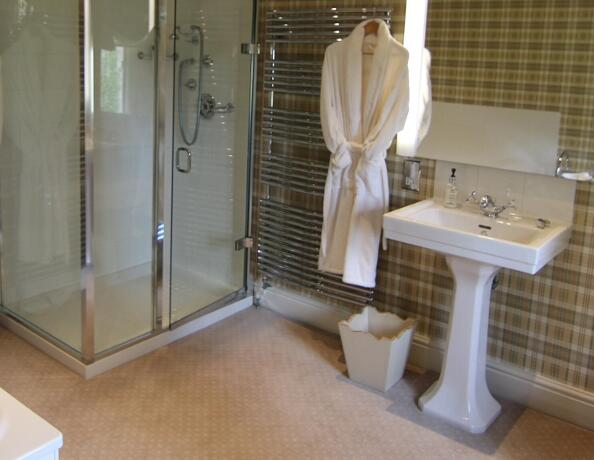 Bath Hotel Room Ensuite
